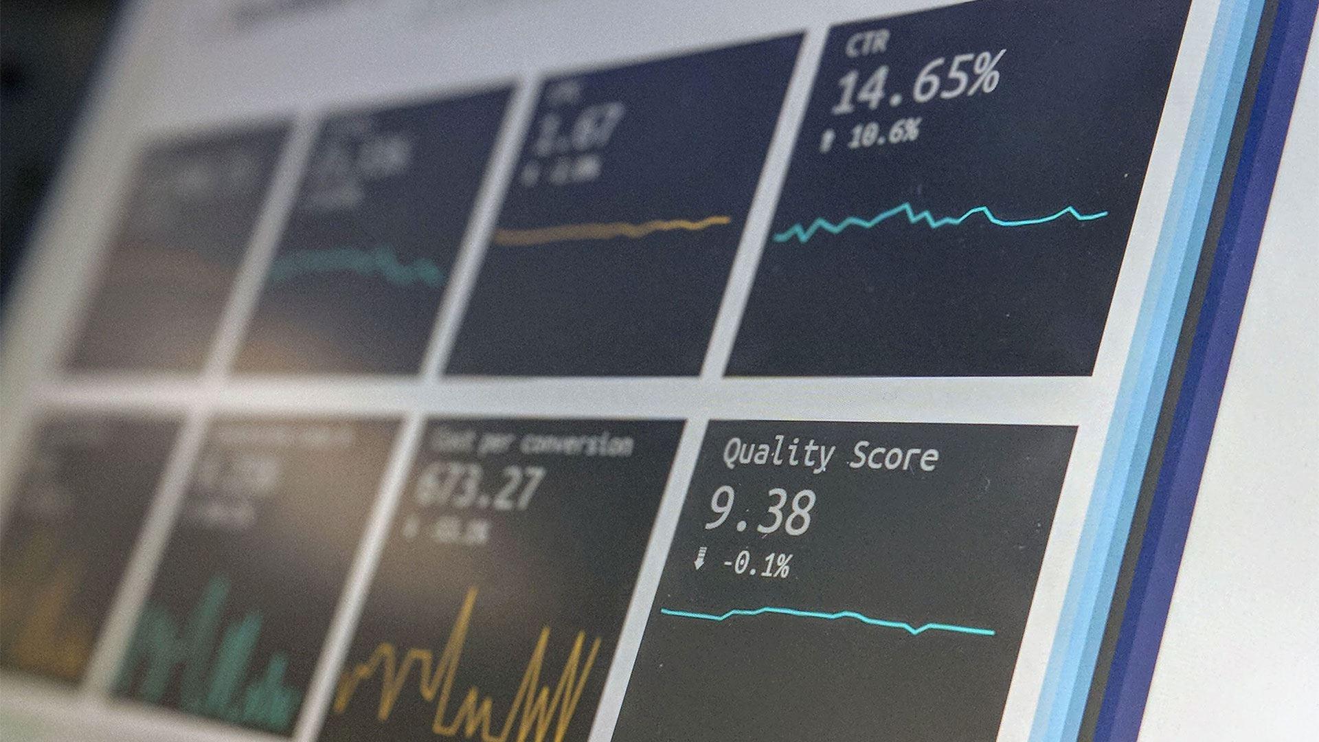 Indici esentiali in customer experience. 4 sfaturi care te vor ajuta sa faci analize mai bune