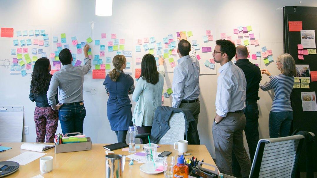 Умри или развивайся!     Как устранить пробелы в клиентском опыте с помощью сервис-дизайна