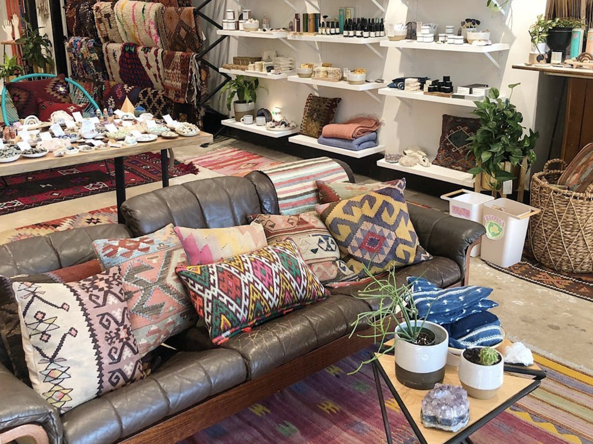 Türk ev tekstili mağazalarında hizmet standartları nasıl yükseltilebilir?