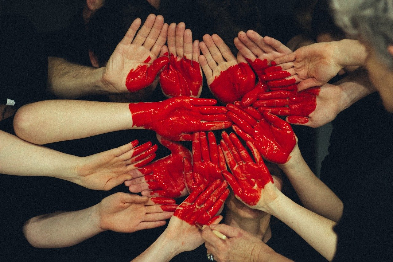 Customer Experience HUB «Покоряя сердца клиентов»