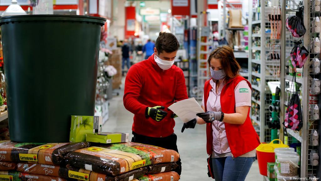 81% белоруссов не планирует совершать покупки во время пандемии. Что будет с торговлей? Исследование ментального здоровья населения
